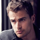 Immagine di Theo James